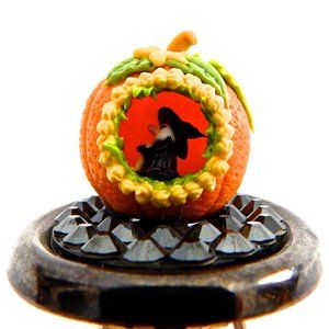 PUMPKIN WITCH RHINESTONE RING